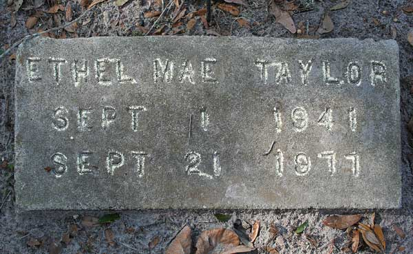 Ethel Mae Taylor Gravestone Photo