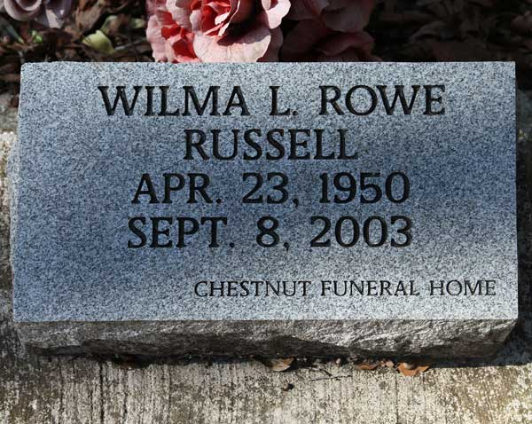 Wilma L. Rowe Russell Gravestone Photo