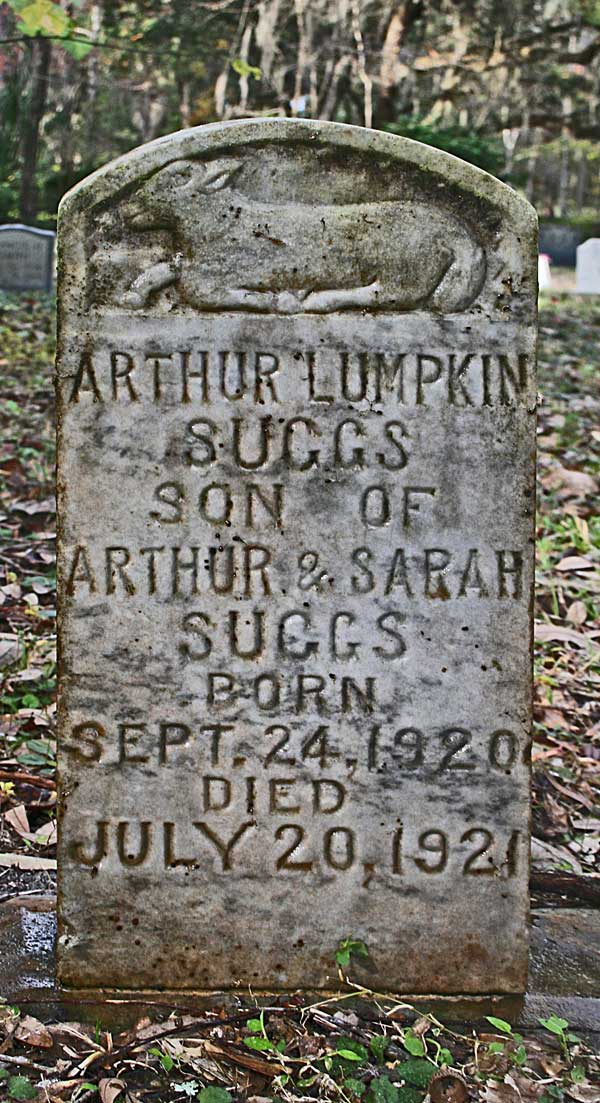 Arthur Lumpkin Suggs Gravestone Photo