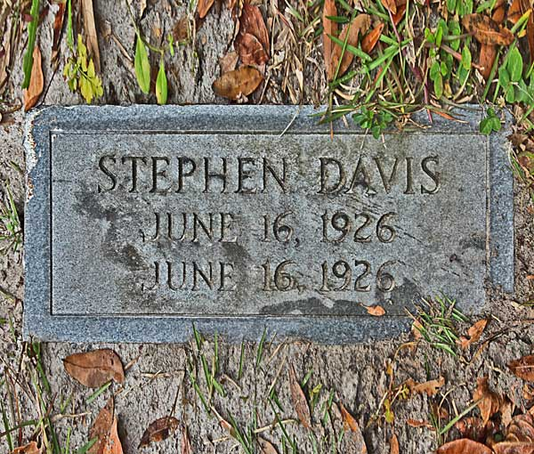 Stephen Davis Gravestone Photo