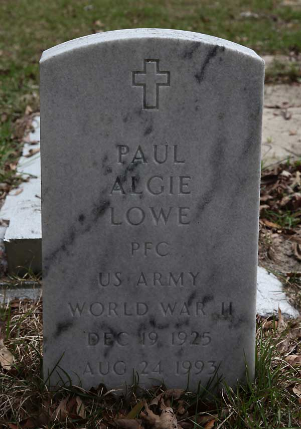 Paul Algie Lowe Gravestone Photo