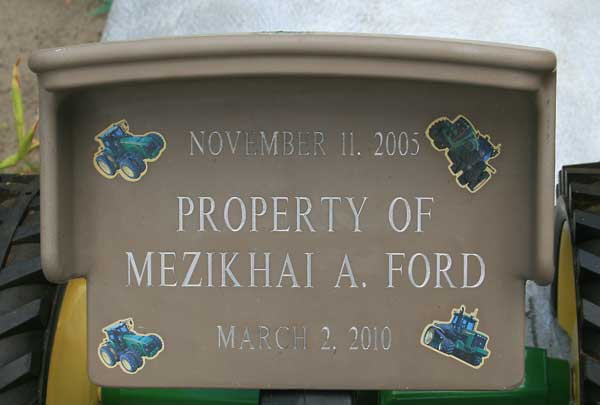 MEZIKHAI A. FORD Gravestone Photo