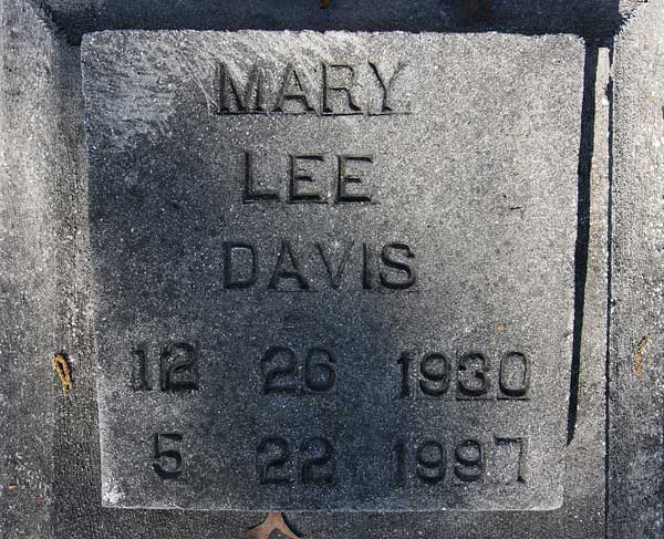 Mary Lee Davis Gravestone Photo