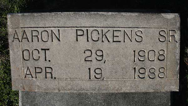 Aaron Pickens Gravestone Photo