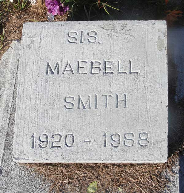 Sis. Maebell Smith Gravestone Photo