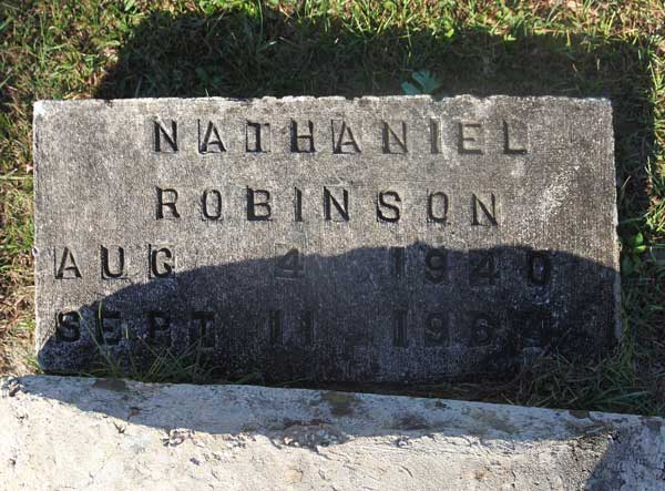 Nathaniel Robinson Gravestone Photo