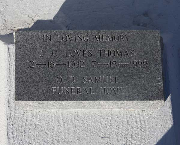 J.C. Loves Thomas Gravestone Photo