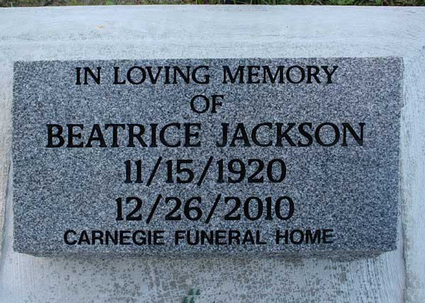 Beatrice Jackson Gravestone Photo