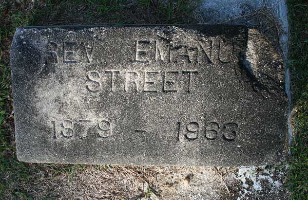 Rev. Emanuel Street Gravestone Photo