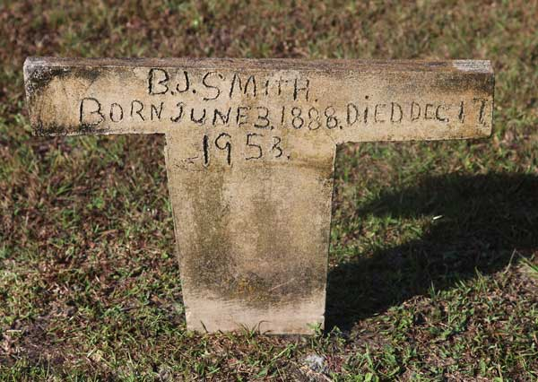 B.J. Smith Gravestone Photo