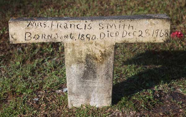 Francis Smith Gravestone Photo