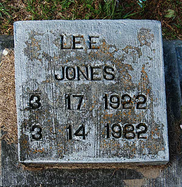 Lee Jones Gravestone Photo