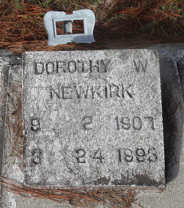Dorothy W. Newkirk Gravestone Photo