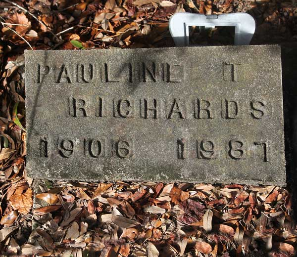 Pauline T. Richards Gravestone Photo