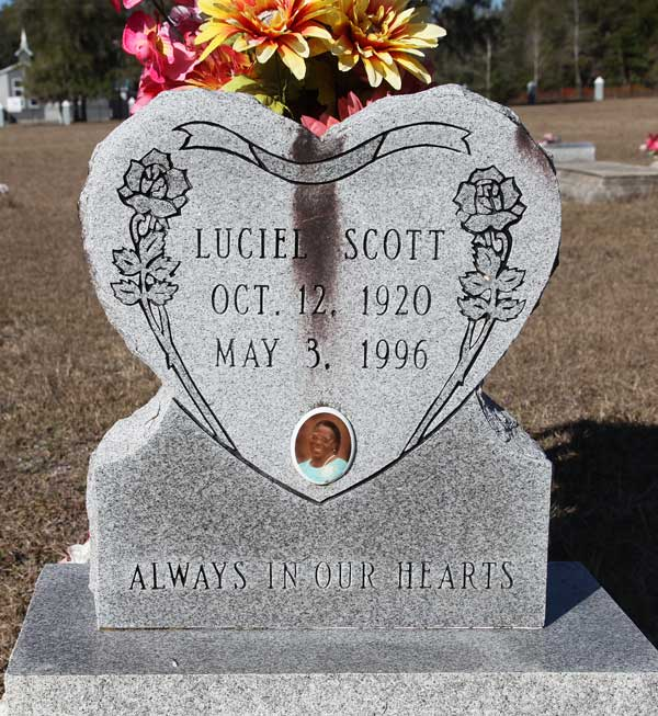 Luciel Scott Gravestone Photo