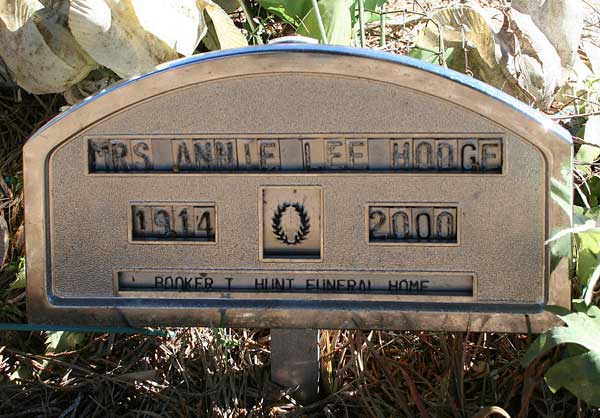 Annie Lee Hodge Gravestone Photo