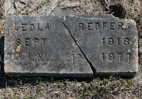 Leola Redfern Gravestone Photo