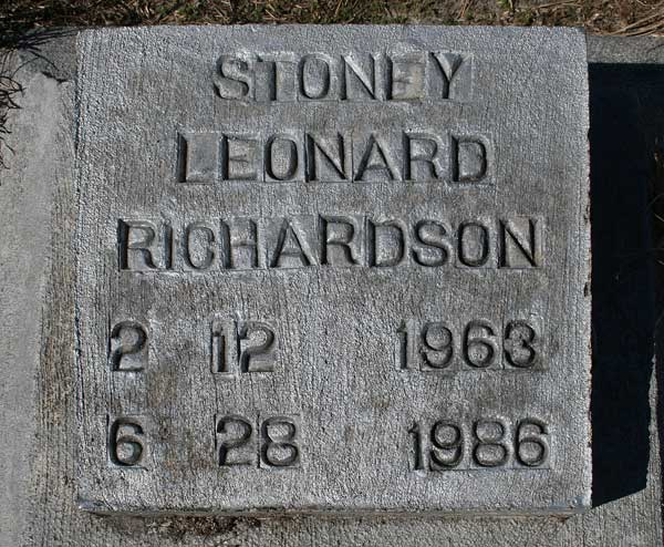 Stoney Leonard Richardson Gravestone Photo