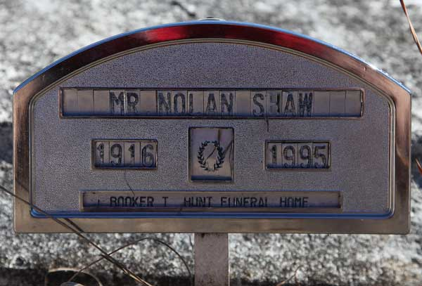 Nolan Shaw Gravestone Photo