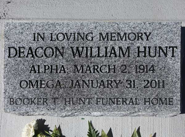 William Hunt Gravestone Photo