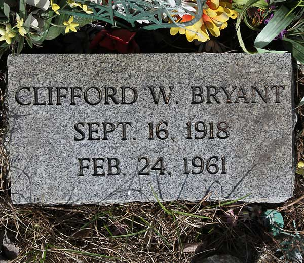 Clifford W. Bryant Gravestone Photo