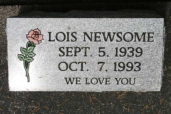 Lois Newsome Gravestone Photo