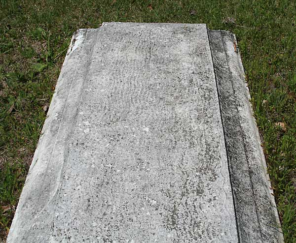 Unknown Gravestone Photo