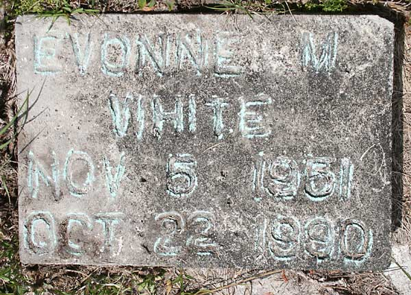 Evonne M. White Gravestone Photo