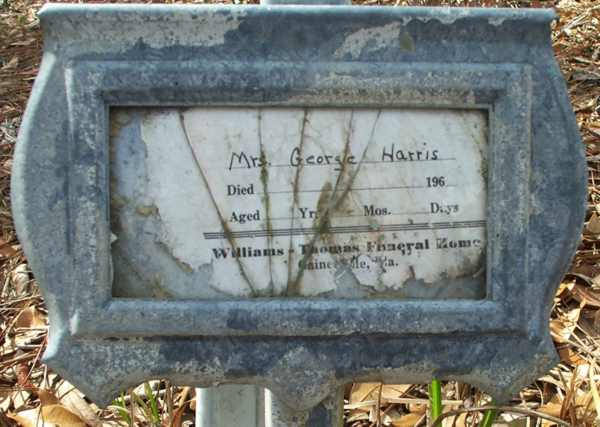 George (Mrs.) Harris Gravestone Photo
