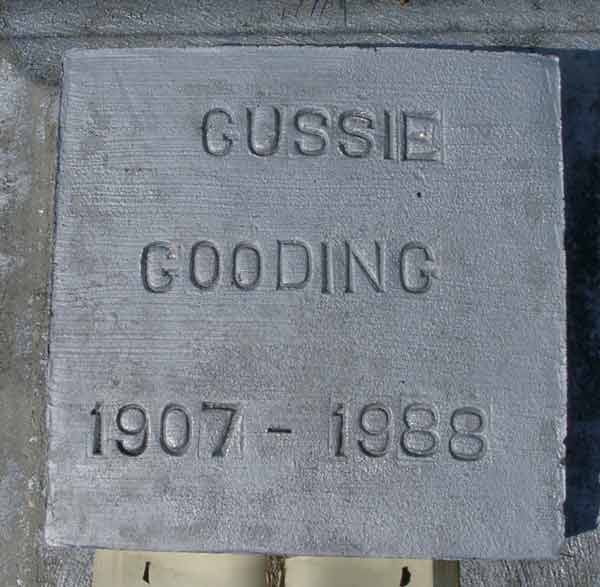 Gussie Gooding Gravestone Photo
